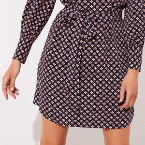 LOFT • Button down mosaic tie waist dress